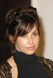 Gina Gershon Photo 5