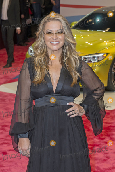 Anastacia Photo - Anastacia attending the GQ Award (Maenner des Jahres 2013) at Komische Oper Berlin 07112013Credit SBoegeface to face