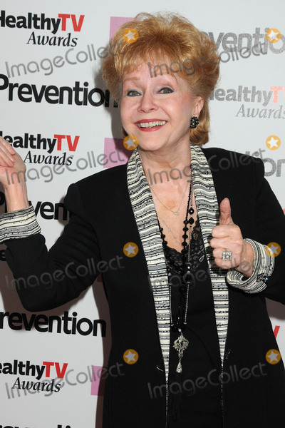 Strokes Photo - 28 December 2016 - Debbie Reynolds the Oscar-nominated Singin in the Rain  singer-actress who was the mother of late actress Carrie Fisher has died She was 84 She wanted to be with Carrie her son Todd Fisher told Variety She was taken to the hospital from Todd Fishers Beverly Hills house Wednesday after a suspected stroke the day after her daughter Carrie Fisher died File Photo 27 September 2011 - Beverly Hills California - Debbie Reynolds Prevention Magazine Presents the Inaugural Prevention Healthy TV Awards held at The Paley Center for Media Photo Credit Byron PurvisAdMedia