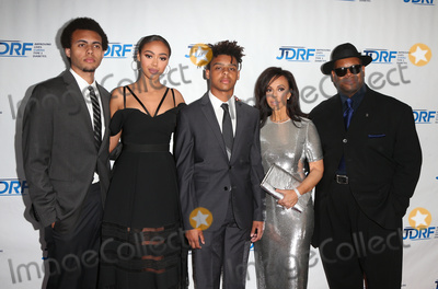 Bella Harris Photo - 22 April 2017 - Beverly Hills California - Tyler Harris Bella Harris Max Harris Lisa Harris and Jimmy Jam JDRF LA Chapters Imagine Gala held at The Beverly Hilton Hotel Photo Credit AdMedia