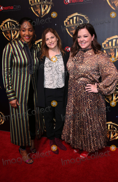 Andrea Berloff Photo - 02 April 2019 - Las Vegas NV - Tiffany Haddish Andrea Berloff Melissa McCarthy 2019 CinemaCon WB Studio Presentation Red Carpet at Caesars Palace Photo Credit MJTAdMedia
