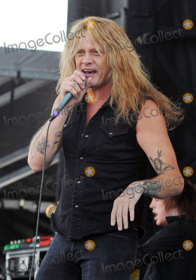 Asking Alexandria Photo - 21 May 2011 - Columbus Ohio - Singer SEBASTIAN BACH of the 80s rock band SKID ROW performs 18 And Life with English band ASKING ALEXANDRIA as part of the Rock On The Range festival held at Columbus Crew Stadium Photo Credit Jason L NelsonAdMedia