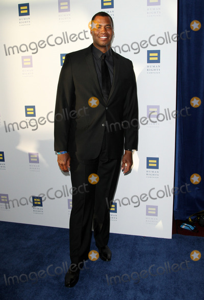 Jason Collins Photo - 18 March 2017 - Los Angeles California - Former NBA player Jason Collins The Human Rights Campaign 2017 Los Angeles Gala Dinner held at the JW Marriott LA Live Photo Credit AdMedia
