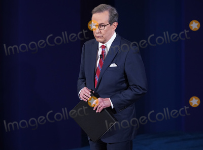 CHRIS WALLACE Photo - Moderator Chris Wallace arrives for the first of three scheduled 90 minute presidential debates between President Donald Trump and Democratic presidential nominee Joe Biden in Cleveland Ohio on Tuesday September 29 2020 Credit Kevin Dietsch  Pool via CNPAdMedia