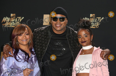 Nina Simone Photo - 07 May 2017 - Los Angeles California - Simone Smith LL Cool J Nina Simone Smith 2017 MTV Movie And TV Awards held at the Shrine Auditorium Photo Credit AdMedia