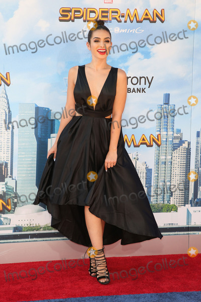 Ashley Iaconetti Photo - 28 June 2017 - Westwood California - Ashley Iaconetti Spider-Man Homecoming World Premiere held at TLC Chinese Theatre Photo Credit F SadouAdMedia