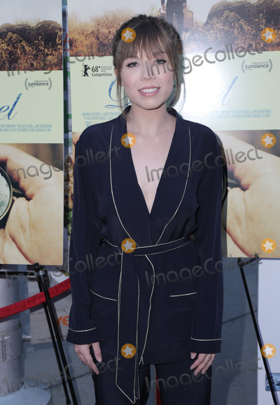 Jennette McCurdy Photo - 13 June 2018 - Hollywood California - Jennette McCurdy Premiere of Magnolia Pictures Damsel held at Arclight Hollywood Photo Credit PMAAdMedia