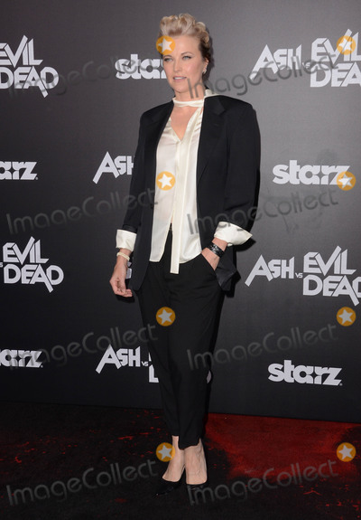 Lucy Lawless Photo - 28 October - Hollywood Ca - Lucy Lawless Arrivals for Starzs Ash vs Evil Dead Los Angeles premiere held at The TCL Chinese Theater Photo Credit Birdie ThompsonAdMedia