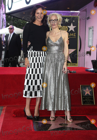 Annabeth Gish Photo - 8 January 2018 - Hollywood California - Annabeth Gish Gillian Anderson Gillian Anderson Honored With Star On The Hollywood Walk Of Fame Photo Credit Faye SadouAdMedia