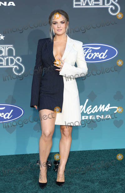 JoJo Photo - 17 November 2019 - Las Vegas NV - Jojo 2019 Soul Train Awards Red Carpet Arrivals at Orleans Arena Photo Credit MJTAdMedia