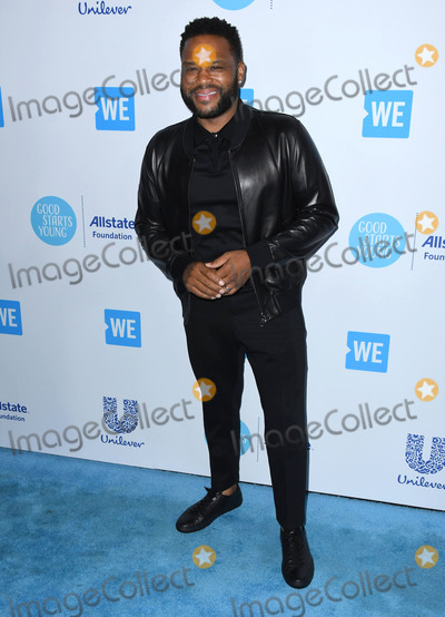 Anthony Anderson Photo - 19 April 2018 -  Los Angeles California - Anthony Anderson WE Day California To Celebrate Young People Changing The World held at The Forum Photo Credit Birdie ThompsonAdMedia