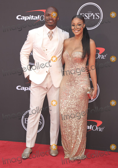 Adrian Peterson Photo - 10 July 2019 - Los Angeles California - Adrian Peterson The 2019 ESPY Awards held at Microsoft Theater Photo Credit PMAAdMedia