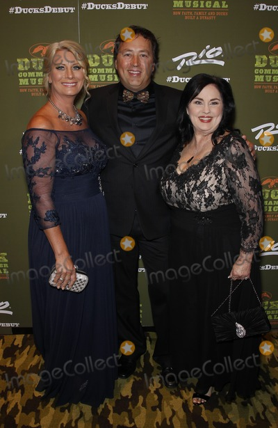 Alan Robertson Photo - 15 April 2015 - Las Vegas NV -  Lisa Robertson Alan Robertson Miss Kay Robertson  Duck Commander Musical Opening Night Red Carpet at  Rio All-Suite Hotel and Casino  Photo Credit MJTAdMedia