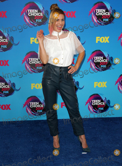 Candace Cameron-Bure Photo - 13 August 2017 - Los Angeles California - Candace Cameron-Bure Teen Choice Awards 2017 Arrivals held at The Galen Center in Los Angeles Photo Credit AdMedia