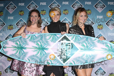 Andrea Barber Photo - 31 July 2016 - Inglewood California - Andrea Barber Jodie Sweetin and Candace Cameron-Bure Teen Choice Awards 2016 held at The Forum Photo Credit AdMedia