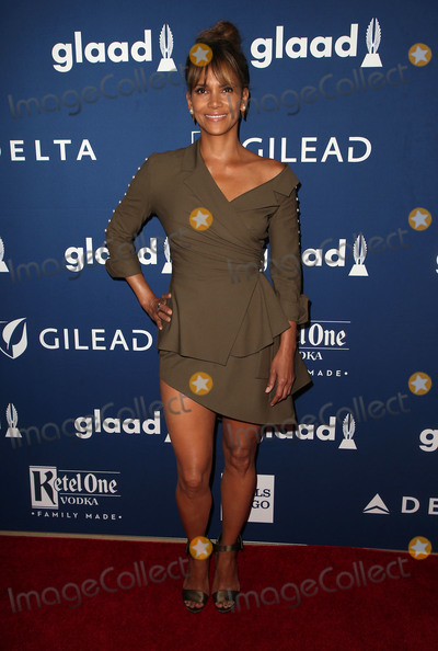 Halle Berry Photo - 13 April 2018 - Beverly Hills California - Halle Berry 29th Annual GLAAD Media Awards at The Beverly Hilton Hotel Photo Credit F SadouAdMedia