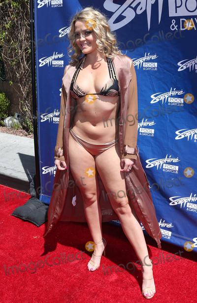 Sapphire Photo - 06 May 2017 - Las Vegas Nevada - Alexis Texas  Blac Chyna hosts at Sapphire Pool  Photo Credit MJTAdMedia