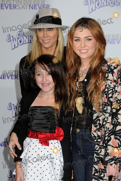 Noah Cyrus Photo - 8 February 2011 - Los Angeles California - Leticia Cyrus Miley Cyrus and Noah Cyrus Justin Bieber Never Say Never Los Angeles Premiere held at Nokia Theater LA Live Photo Byron PurvisAdMedia