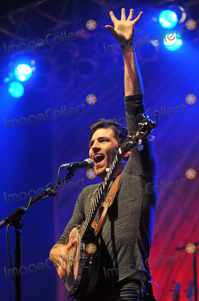 Avett Brothers Photo - 27 May 2011 - Pittsburgh PA - Vocalistbanjo player SCOTT AVETT of the band THE AVETT BROTHERS performs to a Sold Out crowd at a stop on their Summer Camp 2011 Tour held at Stage AE  Photo Credit Jason L NelsonAdMedia
