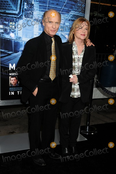 Amy Madigan Photo - 23 January 2012 - Hollywood California - Ed Harris and Amy Madigan Man On A Ledge Los Angeles Premiere held at Graumans Chinese Theatre Photo Credit Byron PurvisAdMedia