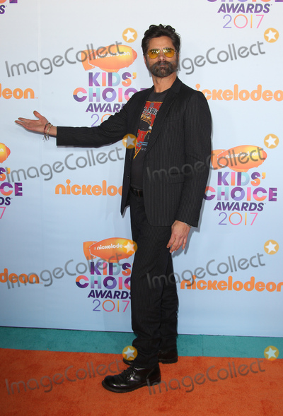 John Stamos Photo - 11 March 2017 -  Los Angeles California - John Stamo Nickelodeons Kids Choice Awards 2017 held at USC Galen Center Photo Credit Faye SadouAdMedia