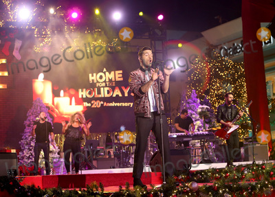 Andy Grammer Photo - 18 November 2018 - Los Angeles California - Andy Grammer The Grove Christmas Tree Lighting Photo Credit F SadouAdMedia