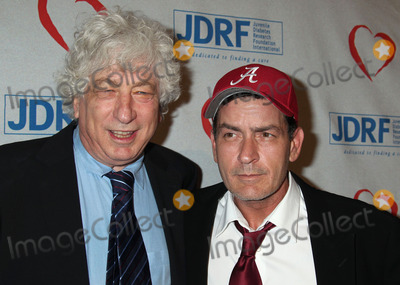 Avi Lerner Photo - 05 May 2011 - Hollywood California - Honoree Avi Lerner (L) and Charlie Sheen Juvenile Diabetes Research Foundations 8th Annual Gala Finding A Cure A Love Story held at he The Beverly Hilton Hotel Photo Credit Russ ElliotAdMedia