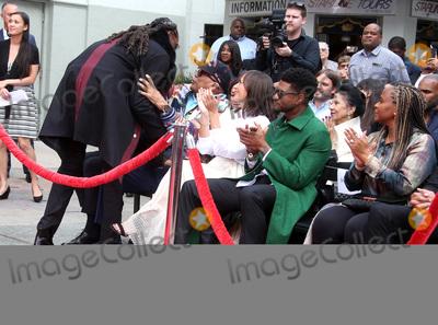 Usher Photo - 27 November 2018 - Hollywood California - Snoop Dogg Quincy Jones Rashida Jones Usher Shante Broadus Quincy Jones Hand And Footprint Ceremony held at TCL Chinese Theatre IMAX Photo Credit Faye SadouAdMedia