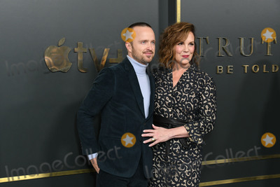 Aaron Paul Photo - 11 November 2019 - Beverly Hills California - Aaron Paul Elizabeth Perkins Apple TVs Truth Be Told Los Angeles Premiere held at Samuel Goldwyn Theater Photo Credit Birdie ThompsonAdMedia