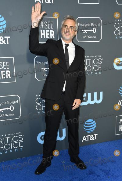 Alfonso Cuaron Photo - 13 January 2019 - Santa Monica California - Alfonso Cuaron The 24th Annual Critics Choice Awards held at Barker Hangar Photo Credit Birdie ThompsonAdMedia