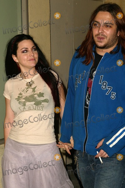 Amy Lee Photo - Amy Lee of Evanescence with boyfriend Shaun Morgan of Seether at the SONYBMG Grammy Party 2005 Roosevelt Hotel Hollywood CA 02-13-05