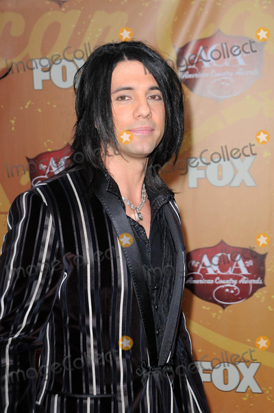 Chris Angel Photo - Chris Angel at the 2010 American Country Awards Arrivals MGM Grand Hotel Las Vegas NV 12-06-10