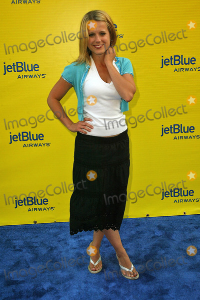 Alison Munn Photo - Alison Munnat the launch of Jet Blue out of Burbank and 25th anniversary screening of Airplane at Warner Bros Studios Burbank CA 06-13-05