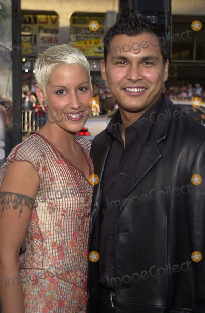 Adam Beach Photo - Tara Mason and Adam Beach at the premiere of MGMs Windtalkers at the Chinese Theater Hollywood 06-11-02
