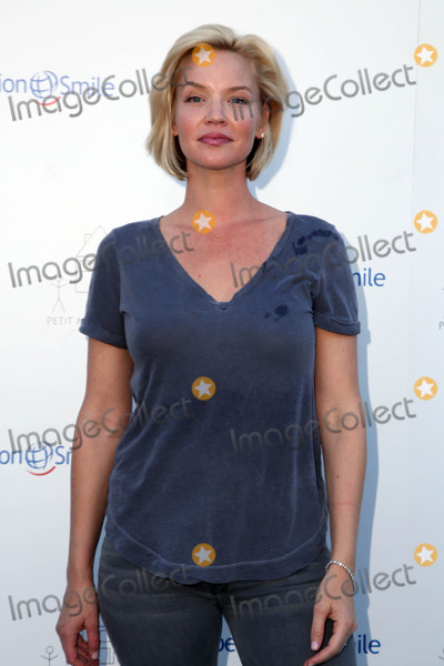 Ashley Scott Photo - Ashley Scott at the Petit Maison Chic and Operation Smile Fashion Show Private Location Beverly Hills CA 11-21-15