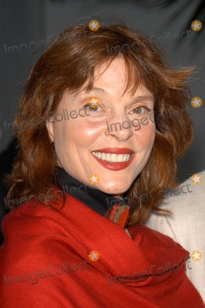 Leigh Taylor-Young Photo - Leigh Taylor-Young at the premiere of Universal Pictures Bruce Almighty at Universal Studios Universal City CA 05-14-03