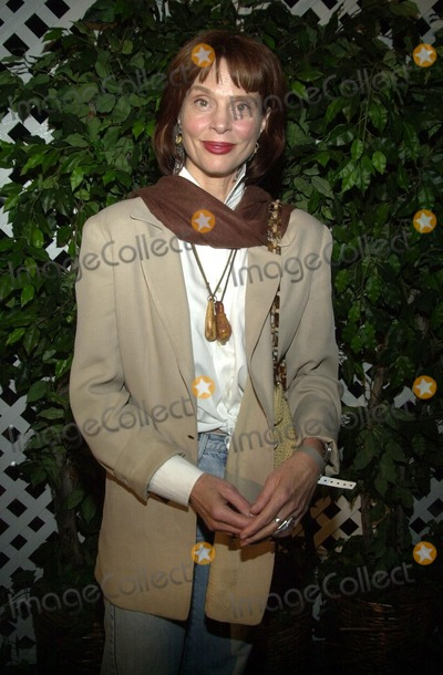 Leigh Taylor-Young Photo - Leigh Taylor Young at the Style By The Shore outdoor concert and fashion show to benefit Heal The Bay Dean Martin Estate Malibu CA 10-12-02