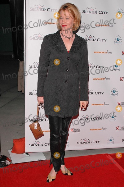 Ann Cusack Photo - Ann Cusack at the Los Angeles Premiere of Silver City in the ArcLight Cinerama Dome Hollywood CA 09-14-04