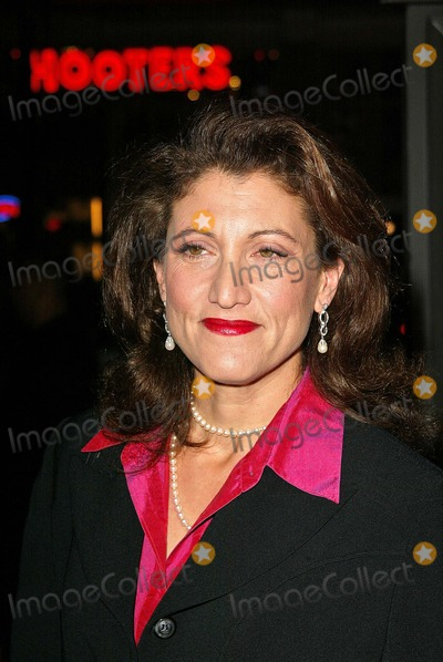 Amy Aquino Photo - Amy Aquino at the In Good Company Los Angeles Premiere Graumans Chinese Theatre Hollywood CA 12-06-04