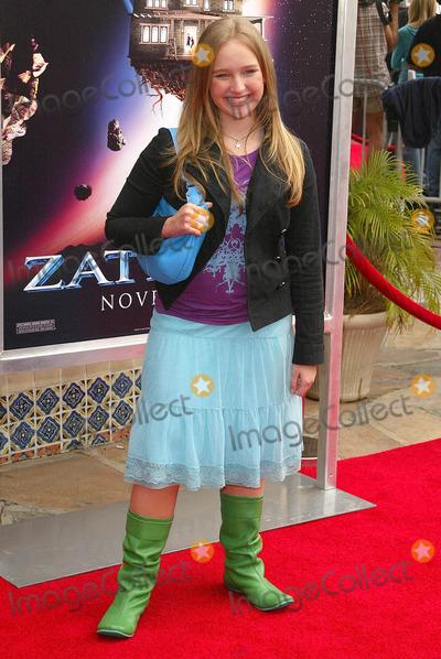 Amy Bruckner Photo - Amy Brucknerat the premiere of Zathura A Space Adventure  Mann Village Theatre Westwood CA 11-06-05