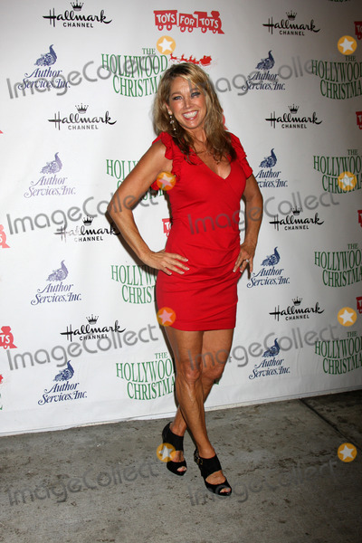 Denise Austin Photo - Denise Austinat the 2014 Hollywood Christmas Parade Hollywood CA 11-20-14