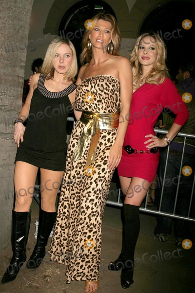 Amber Smith Photo - Shirly Brener with Amber Smith and Simona Fusco at SuperModels Unlimited Magazines Hollywoodss 100 Most Beautiful Party Social Hollywood Hollywood CA 11-12-08