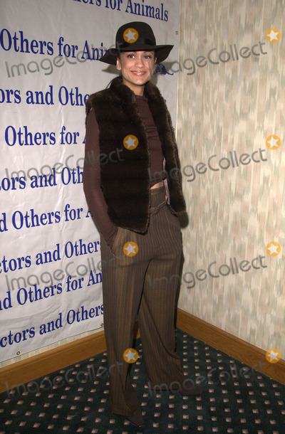 Anne Marie Photo -  Anne Marie Johnson at the Actors and Others for Animals benefit Universal City 10-21-00