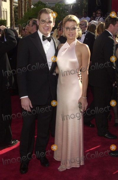 Amy Spanger Photo - Michael C Hall and Amy Spanger at the 54th Annual Emmy Awards Shrine Auditorium Los Angeles CA 09-22-02