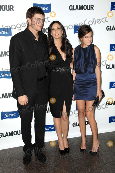 Demi Moore Photo - Ashton Kutcher with Demi Moore and Tallulah Belle Willis at the 2008 Glamour Reel Moments Gala Directors Guild of America Los Angeles CA 10-14-08