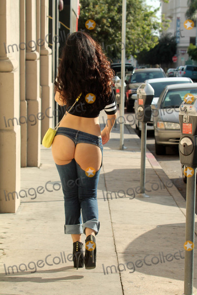 Allstar Weekend Photo - Natasha Blasickthe Russian born actress who appears in the upcoming All-Star Weekend with Jamie Foxx is spotted wearing backless XPOZ jeans while shopping in Hollywood CA 10-22-17