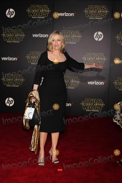 Diane Sawyer Photo - Diane Sawyerat the Star Wars The Force Awakens World Premiere El Capitan Hollywood CA 12-14-15