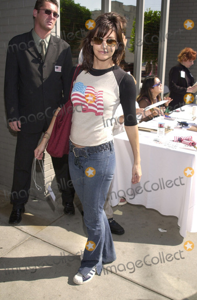 911 Photo -  GINA GERSHON at the celebrity recording of We Are Family to benefit the victims of New Yorks 9-11 tragedy 09-23-01