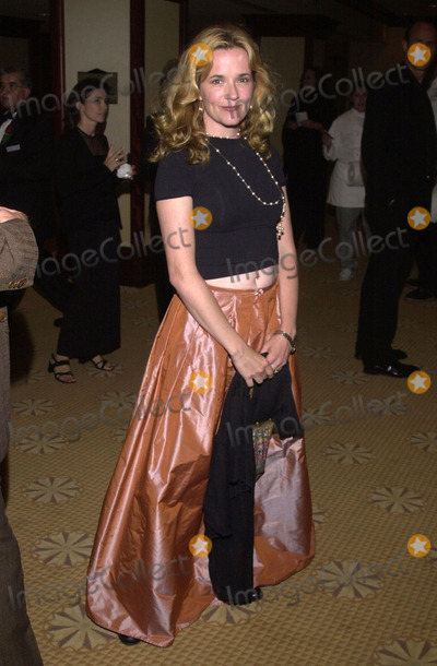 Lea Thompson Photo -  Lea Thompson at the 8th annual Race to Erase MS gala Century Plaza Hotel Century City 05-18-01
