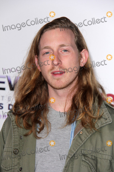 Asher Roth Photo - Asher Rothat the Justin Biebers Believe Premiere Regal Cinemas Los Angeles CA 12-18-13